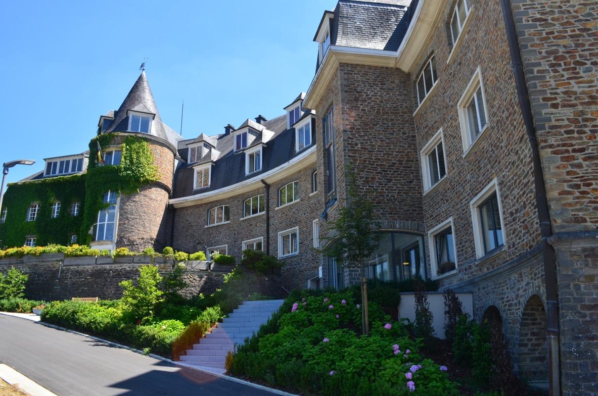 SERENIA, une Maison de Soins et une Résidence-Services à Bouillon